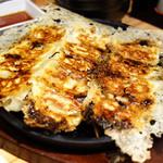博多もつ鍋 やまや - 餃子でございます(^_^)b