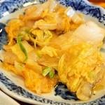 六徳 恒河沙 - 日替りランチ(小皿:白菜の中華炒め物)