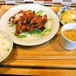 六徳 恒河沙 - 日替りランチ(鶏肉のエビミソ揚げ)
