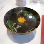 東寿司 - 茆と生麩のお吸い物