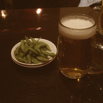 ちゅうしんの蔵 - お通し/生ビール