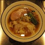 麺創研 奏 - 肉ワンタン麺(880円)