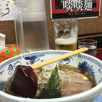うちの駅 桃園 - 醤油ラーメン(大盛り)