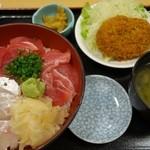 湯浅 - (2015/11月)鮪と真鯛の二色丼と牛肉コロッケ
