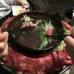 牛タン酒場 SHIRUSHI - 牛タン焼きしゃぶ つけだれはポン酢か和風だれ。どっちも美味しい。