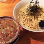 七星 - 魚介豚骨つけめん(中太麺)