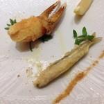 46699570 - 松葉蟹の爪肉とワカサギのフリッター