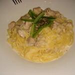 レストラン・ブルディガラ - 地鶏のパスタ