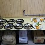 構内食堂 - 選べる二種類のおかず(朝定食)