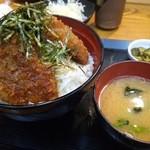 とんかつ専門店 とん豚 - ソースかつ丼
