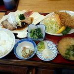 とんかめ - 2015/10/26 11:40訪問 煮魚御膳¥1,200(カキフライをチョイス)
