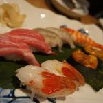 46704337 - 寿司(ぼたん海老など)