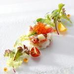 ザ・ハウス 白金 - ズワイ蟹とグレープフルーツのセルクル仕立て