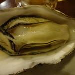Izakayasairai - カキ殻付き焼き