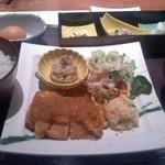 雅しゅとうとう - 鶏生姜焼き定食 税込1000円