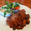 ビストロ ラ ノブティック - 料理写真:もち豚ソテー、トリュフ風味のキノコソース