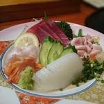とし美寿司 - 料理写真:刺身の盛合せ