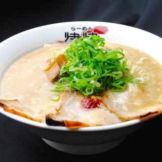 拉麺 秦秦 - 料理写真:一番人気の豚骨醤油「白玉こってり」
