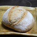 シエルヴァンメール - 料理写真:埼玉県産小麦のブール¥320