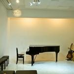 walzer - 店内(ピアノ&ギター)