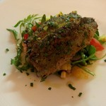 46720118 - 北海道産秋刀魚のパン粉焼き、オレンジとトマトとルッコラのサラダを添えて