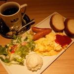 CAFE&BAKERY MIYABI 橋本店 - モーニングセット コンチネンタルブレックファースト