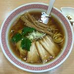 スミレ食堂 - 中華そば 750円