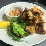 かん平 - 鶏の唐揚げ 自家製サルサソース