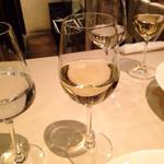 エノテカピッツェリア 神楽坂スタジオーネ - 白ワイン