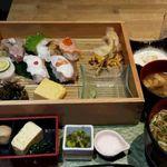 新潟 食楽園 - 炙り寿司ランチセット