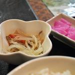 マダムリン 台北 - 定食の小皿