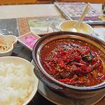 マダムリン 台北 - 超激辛モツ豆腐鍋(¥1020)