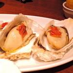 gigas Oyster Spot Bar - 牡蠣のオイル漬け