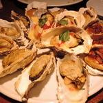 gigas Oyster Spot Bar - 牡蠣のオーブン焼き