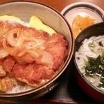 こだわりや - ランチ カツ丼(サービス丼)と讃岐うどん(600円)