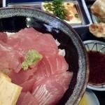 46731653 - 11/10(火)  海鮮丼
