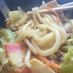 カレーうどん 千吉 - 麺肌