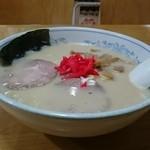 らーめんランド - しょうゆとんこつ 730円