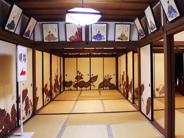 青蓮院門跡 - 襖絵は木村英輝画伯の現代作品。三十六歌仙の額絵も