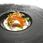 キメラ - 料理写真:河豚のカルパッチョと2色のいくら