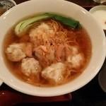 香港ダイニング 九龍 - 海老ワンタン麺