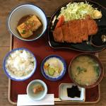 Wakaya 津屋 - ごはんセット+とんかつ+揚げだし豆腐