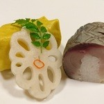 御料理 はやし - 関鯖寿司、穴子の蒸し寿司