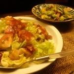 琉球料理 万座 - タコライスとゴーヤチャンプルー