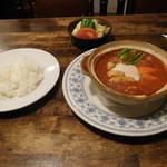 ケイアンドケイ - 本日のランチ(ハッシュドビーフと卵入りグラタン)