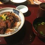 46748825 - ハラミステーキ丼(1000円)