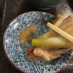 舟蕎山 - 山椒や七味で