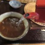 舟蕎山 - 釜湯のままの自然体の蕎麦湯