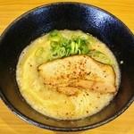 46751661 - 背脂醤油鶏白湯ラーメン!!ヾ(≧▽≦)ノ