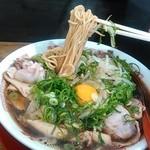 新福菜館 - 麺はこんな感じです。